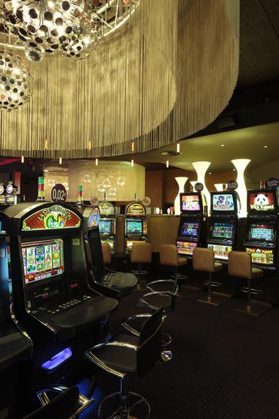 02-lustre-casino-du-cap-dagde-sophie-petit